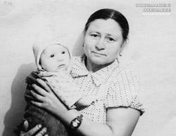 Баба Настя и Евгений Багаевы в 3 месяца